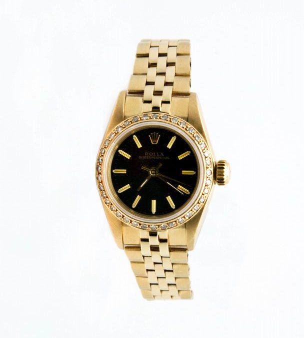 Women's 14K Yellow Gold Circa 1988 No Date .70 TW Diamond Bezel with black dial $4800 I-15813