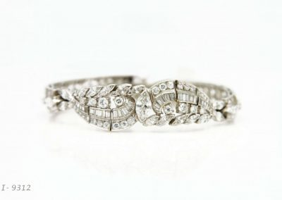 Wedding ring sets, gold and diamond cocktail rings, sapphire rings for men & women